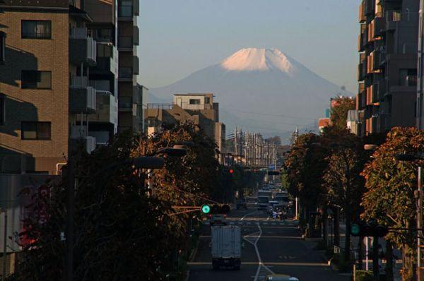 @DSC03870東久留米駅から見た富士山リサイズ