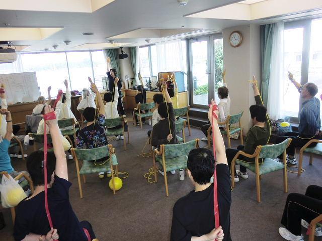 H260526高齢者長生き体操 (5)