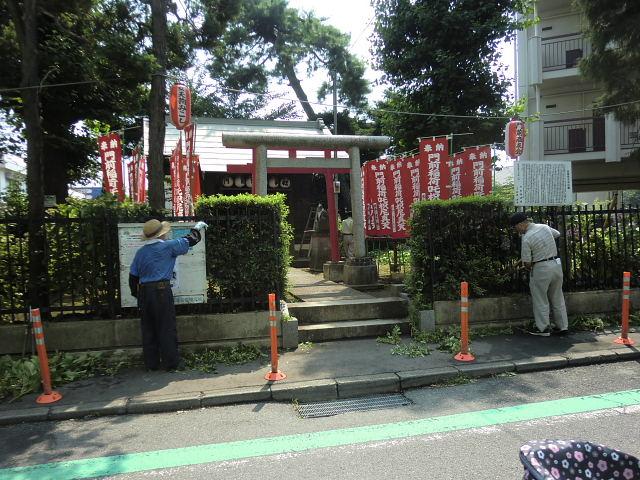 H260726稲荷神社清掃 (1)