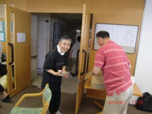 H260801高齢者長生き体操 (15)