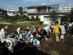 H261026サツマイモ掘り及び炊き出し訓練 (21)