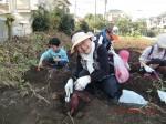 H261026サツマイモ掘り及び炊き出し訓練 (54)