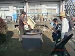 H261026サツマイモ掘り及び炊き出し訓練 (6)