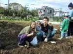 H261026サツマイモ掘り2 (51)
