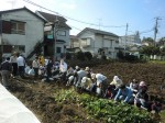 H261026サツマイモ掘り及び炊き出し訓練 (27)