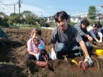 H261026サツマイモ掘り及び炊き出し訓練 (56)