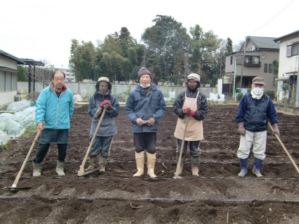 H270303ジャガイモの種植え (4)