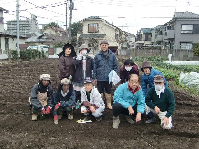 H270309ジャガイモ種植え (1)