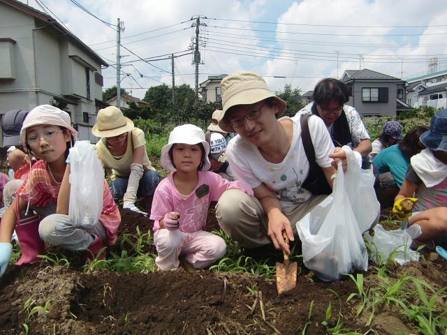 H270720親子農業体験ジャガイモ掘り (51)