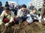 H271025サツマイモ掘り及び炊き出し訓練 (33)