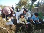 H271025サツマイモ掘り及び炊き出し訓練 (51)