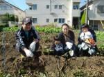 H271025サツマイモ掘り及び炊き出し訓練 (61)