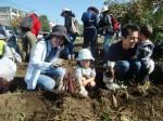 H271025サツマイモ掘り及び炊き出し訓練 (83)