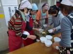 H271025サツマイモ掘り及び炊き出し訓練 (90)