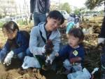 H271025サツマイモ掘り及び炊き出し訓練 (53)