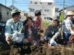 H271025サツマイモ掘り及び炊き出し訓練 (59)