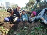 H271025サツマイモ掘り及び炊き出し訓練 (66)