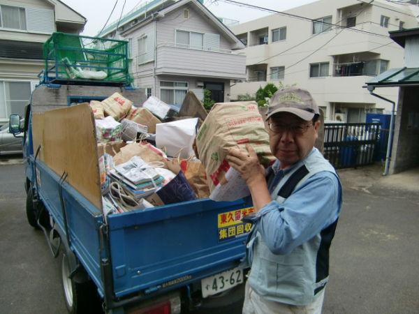 H270000資源ゴミ回収様子 (3)