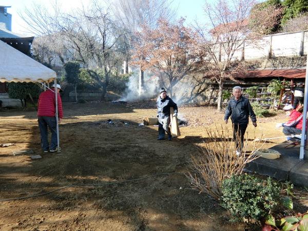H271230門前氷川神社清掃作業 (5)