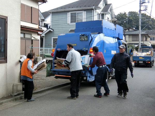 H280213資源ゴミ回収 (2)