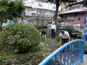 H280723稲荷神社・厳島神社清掃 (10)