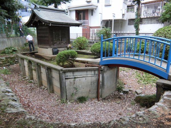 H280723稲荷神社・厳島神社清掃 (8)