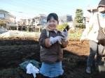 H281217親子農業体験サツマイモ掘り・いやし収穫体験 (74)