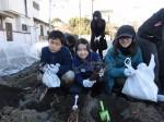 H281217親子農業体験サツマイモ掘り・いやし収穫体験 (27)