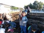 H281217親子農業体験サツマイモ掘り・いやし収穫体験 (68)