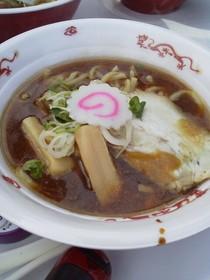 たまろくとご当地グルメフェスティバルでは中華麺で販売しました